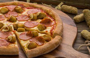 Πίτσα Mozzarella Sticks